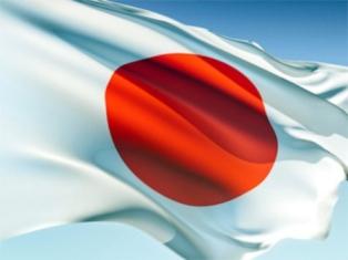 Японские дипломаты перебрали дорогого вина