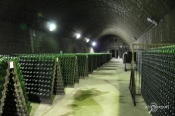 """НАПИТКИ №3_2010 Современное виноделие становится заметнее. Взгляд """"Русского проекта"""""""