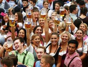 Продажи пива на Никольской улице выросли в 20-30 раз