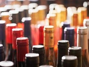 Правительство внесло в Госдуму проект об увеличении акцизов на вино