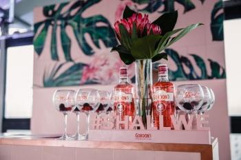 Gordon's Premium Pink продлевает лето вечеринкой ThinkPink!в ресторане Mushrooms