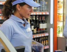 В Чехии могут запретить продажу алкоголя на автозаправках