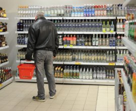 Насильно трезв не будешь: в Якутске думают увеличить время для продажи спиртного