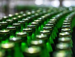 Депутаты и эксперты разошлись во мнениях по поводу сохранения рекламы пива