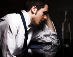 Почему алкоголь объясняет 70% смертей мужчин трудоспособного возраста