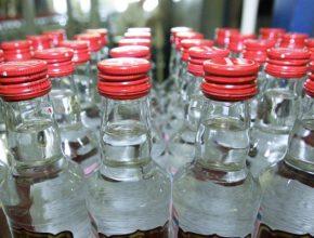 Россия в январе увеличила производство водки на 23%, вина на 12,6% - эксперты