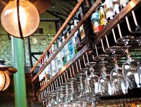 Какие требования установлены к помещениям для торговли алкоголем