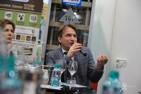 Валерий Захарьин на ПРОДЭКСПО: автохтоны – будущее Крымского виноделия. ФОТО