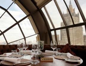 За заказ ответят: рестораторы намерены ввести платное бронирование